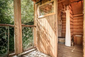 EtxeXuria-cabane sdb depuis terrasse
