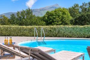 EtxeXuria-piscine transats Rhune